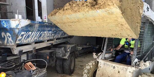 Trabajos de limpieza en parking subterráneo